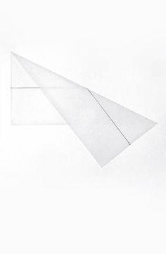François Morellet | Pliage en diagonale d'une médiane sur un calque 1 x 2, 1977