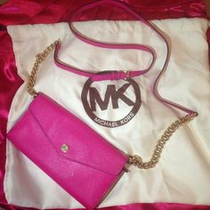 "Spotted while shopping on Poshmark: ""MICHAEL KORS Pink crossbody purse handbag gold MK""! #poshmark #fashion #shopping #style #Michael Kors #Handbags"