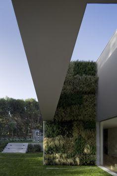 Quinta Patino / Frederico Valsassina Arquitectos #greenwall