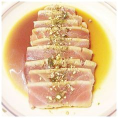 #tunatataki #tuna #tataki #seared #japanese #raw #miso #soysauce #seaweed #appetizer #food #foodporn #instafood #dinner #cooking #delicious #instagram #foodstagram #eat #foodie by eat.pray.cook
