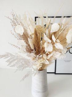 Fern Bouquet, Dried Flower Bouquet, Dried Flowers, Floral Bouquets, Flowers In Hair, Wedding Flowers, Boho Flowers, Fall Floral Arrangements, Dried Flower Arrangements