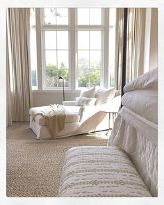 A beige-colored rug is the ideal complement to an all-white bed. Photographed by: @BethWebb, Interior Styling, Interior Design, Custom Rugs, White Bedding, Sustainable Design, Traditional House, Beige Area Rugs, Home Decor Inspiration, Modern Classic