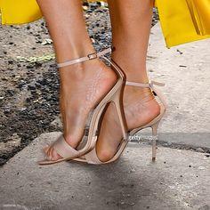 Photo d'actualité : Victoria Beckham, shoe detail, seen out in...