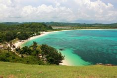 Merese Hill. On one end of Tanjung Aan, you will see the Merese Hill. Photo by Tekno Bolang.