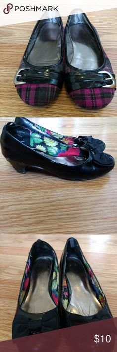 Pair of Girls flats/dress shoes Girls size one shoes George Shoes Dress Shoes