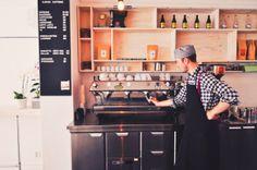 Djakne Kaffebar, Sweden