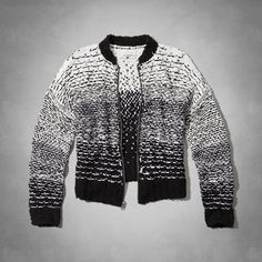 Supersoft knit with black and white pattern, bomber silhouette and full zipper closure, Easy Fit, Imported<br><br>