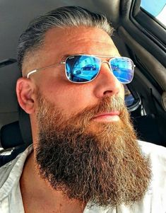so sexy bearded dad #MensFashionBeard