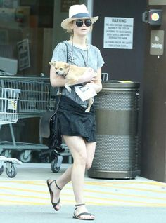 Jennifer Lawrence in Los Angeles with Pippi (16th May)