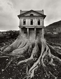 Exhibition dates: June - September 2011 Jerry Uelsmann (American, b. Apocalypse II 1967 Gelatin silver print 10 x 13 in x cm) Collection of the artist © Jerry Uelsmann Uelsmann is one of my favourite artists. His unique vision and the skill required to… Jerry Uelsmann, Bon Jovi, Photomontage, Digital Foto, Ouvrages D'art, Surrealism Photography, Art Plastique, Photo Manipulation, Manipulation Photography