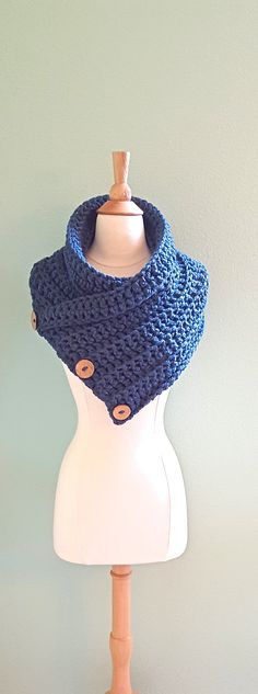 Chunky Crochet Infinity Scarf Huntress Cowl by AnniesHookNook