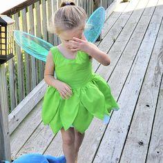 Baby dress, tinkerbell baby dress, tinkerbell dress, tinkerbell costume, baby dress by BubblesBabyClothing Toddler Girl Dresses, Girls Dresses, Summer Dresses, Costume Shop, Costume Dress, Baby Girl Romper, Baby Dress, Tinkerbell Dress, Baby Ladybug