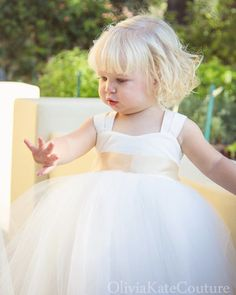 Great Deals on Toddler Baby Flower Girl Dresses, Tulle Tutu Princess . Wedding Dresses For Curvy Women, Celebrity Wedding Dresses, Rustic Wedding Dresses, Best Wedding Dresses, Designer Wedding Dresses, Dress Wedding, Modest Wedding, Trendy Wedding, Toddler Flower Girl Dresses
