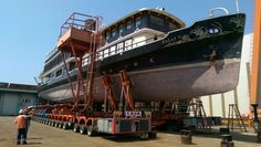 More than a nutshell :-) Transport a boat can be complicated but so amazing! #industrialsolutions #heavyhauling #oversizetransport #specialtransport