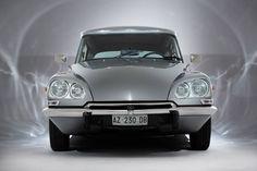 Résultat d'images pour citroen ds Citroen Ds, Manx, Enjoy Car, Psa Peugeot, Automobile, Mercedes Car, Mini Trucks, Top Cars, Amazing Cars