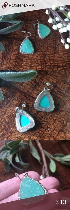 """Druzy stone gold and turquoise drop earrings Beautiful Druzy stone gold and turquoise drop earrings. 1"""" length. Open to offers. Francesca's Collections Jewelry Earrings"""
