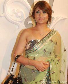 Sexy urvashi dholakia
