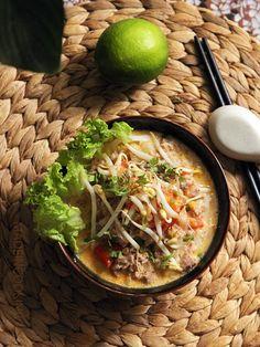 Khao Poun (soupe Laotienne au lait de coco)- Lao soup with coconut milk