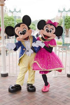 Celebration is in the air... Mickey and Minnie