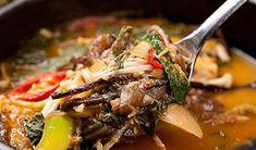 CJ Bibigo Korean beef market soup Korean Beef Soup, Meat, Food, Essen, Meals, Yemek, Eten