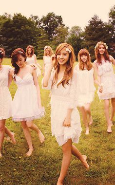 SNSD... Love these girls!