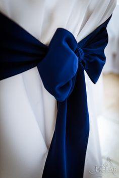 Szék dekoráció, kék-fehér #eskuvo, #dekor, #kek