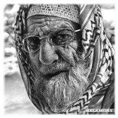 Das ist kein Foto sondern mit Bleistift gemalt!      Elderly Man (PENCIL sketch!)