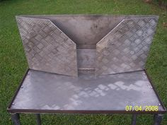 Dutch Oven Table, Dutch Oven Cooking, Dutch Ovens, Cast Iron Dutch Oven, Cast Iron Cooking, Scout Camping, Rocket Stoves, Welding Projects, Table Plans
