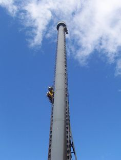 The Giant Drop, Gold Coast, Australia. BEEN ON THIS! :)