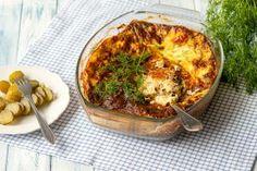 Oletko käyttänyt silliä lämpimien ruokien valmistukseen? Silli sopii mainiosti erilaisten laatikkoruokien raaka-aineeksi. Kokeile tätä ruokaisaa silliriisivuokaa, jonka valmistus on helppoa. Quiche, Cauliflower, Koti, Vegetables, Breakfast, Morning Coffee, Cauliflowers, Quiches, Vegetable Recipes