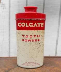Nicely aged, vintage Colgate tooth powder can                                ****