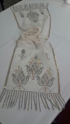 Diy And Crafts, Arts And Crafts, Weaving Patterns, Bargello, Applique Quilts, Handicraft, Blackwork, Needlework, Elsa