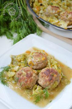 Klopsiki duszone w młodej kapuście - KulinarnePrzeboje.pl Polish Recipes, Polish Food, Potato Salad, Ale, Grilling, Recipies, Meat, Chicken, Dinner