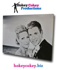 Stunning Canvas displaying a young couple - absolutely perfect quality with a beautiful negative effect.