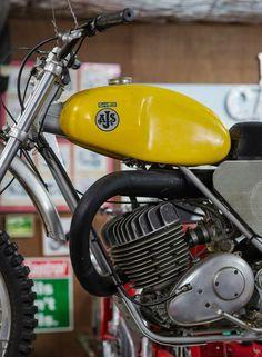 Motorcycle Museum, Motorcycle Dirt Bike, Retro Motorcycle, Moto Bike, Motorcycle Engine, Motocross Love, Motocross Bikes, Vintage Motocross, Ajs Motorcycles
