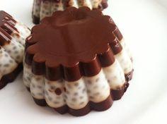 Kokosowo czekoladowy deser z chia wegański, bezglu...