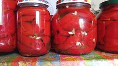 Bakina kuhinja - pečena paprika za zimu na zdrav način Potrebno je: 2 kg paprike sirće 3:1 so 25-30 gr. na 1 l tečnosti bi...