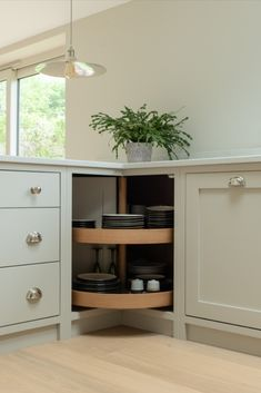 The Hambledon Kitchen is an example of a handcrafted Shere Kitchen to show the craftmanship of our work and give you ideas for your bespoke kitchen Kitchen Corner Units, Kitchen Cabinet Makers, Corner Cupboard, Cupboard Storage, Kitchen Cabinetry, Kitchen Storage, Wooden Pantry, Wooden Kitchen, Pantry Design