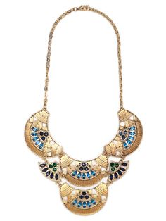 Looking to make a bohemian glam statement? Then you've come to the right place because this spectacular necklace works the gypsy trend in an oh-so-glamorous way, with bold textured gold and glittering gemstones.