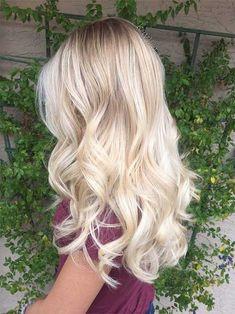 Total attraktive blonde lange Frisuren