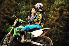 Reasons to date a Motocross Lady!