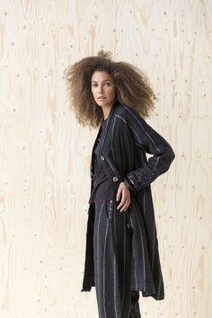 Narrow-striped linen coat!