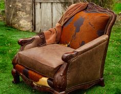 Chairs & Accent Pieces and complementary furniture pieces for homes, offices and ranches