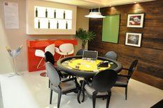 GENEBRA        Versátil, com estilo clássico, oferece uma vasta opção de cores e tecidos para uma perfeita harmonia com o seu ambiente. Com duas opções de pés e com opção de tampo gourmet, transforma-se numa belíssima mesa de jantar. *acessórios vendidos separadamente. #poker #carteado #baralho #inovalife