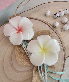 Μπομπονιέρα Βάπτισης Σαπουνάκι Soap Tales λουλουδάκι πλουμέρια Wreaths, Home Decor, Decoration Home, Door Wreaths, Room Decor, Deco Mesh Wreaths, Home Interior Design, Floral Arrangements, Garlands