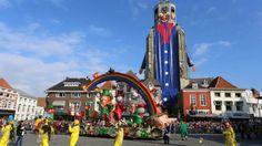 Foto's optocht in Bergen op Zoom http://brabantn.ws/Jbk