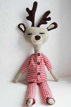 Custom Handmade Deer stuffed toy / René / ecofriendly cotton / 15,6 inches tall