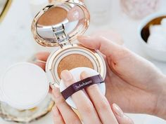 Cushion foundation compacts are super convenient to use; they come with a foam sponge for easy application and blending. Korean Products, Korean Brands, Compact Foundation, Sun Care, Beauty News, War Paint, Photography And Videography, Body Image, Skin Makeup