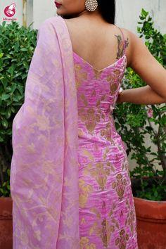 Dress Indian Style, Indian Fashion Dresses, Indian Designer Outfits, Designer Dresses, Kurti Neck Designs, Kurti Designs Party Wear, Blouse Designs, Bridal Lehenga Collection, Kurti Collection