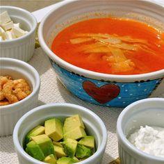 Cooking with Luisa - Sopa de Tortilla
